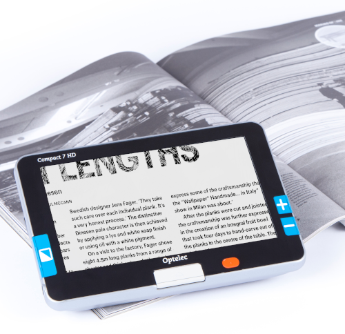 Compact 7 HD on Book